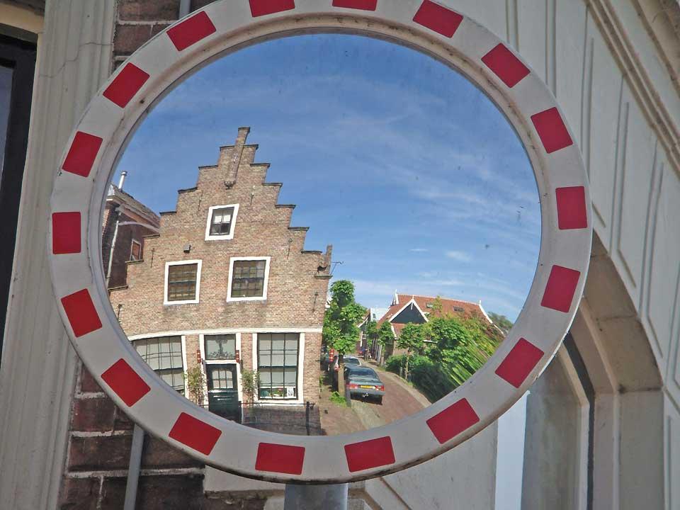 Jaaroverzicht 2010 in foto s overige - Spiegel rivoli huis van de wereld ...