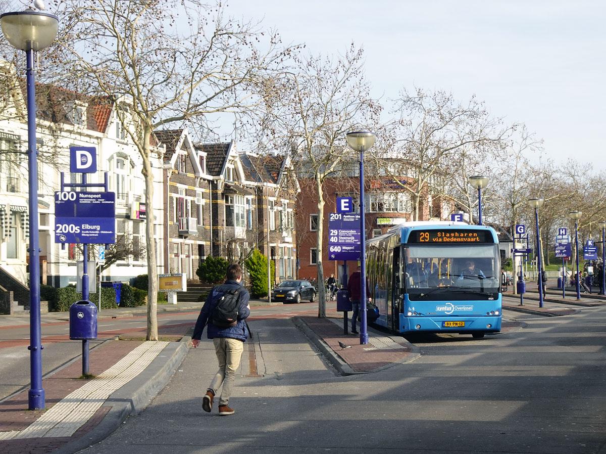 e4fea73a0bb Schutte is een begrip onder de Blauwvingers. Busbedrijf Schutte heeft 45  jaar lang, van 1937 tot 1982, het stadsvervoer verzorgd in Zwolle.