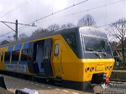 vertrek trein zwolle emmen